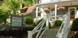 louisas-porch-sign